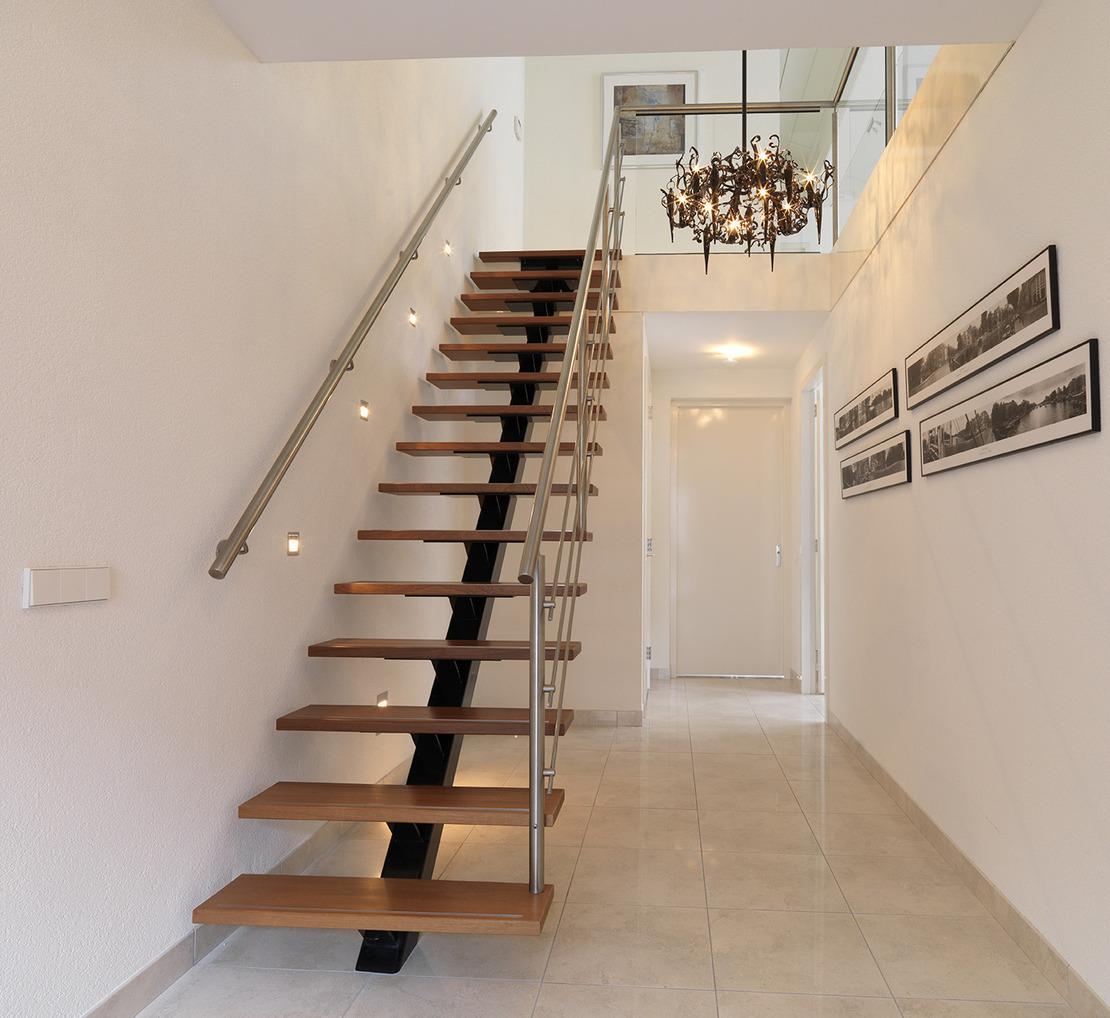 Design trap houten treden - Moderne houten trap ...