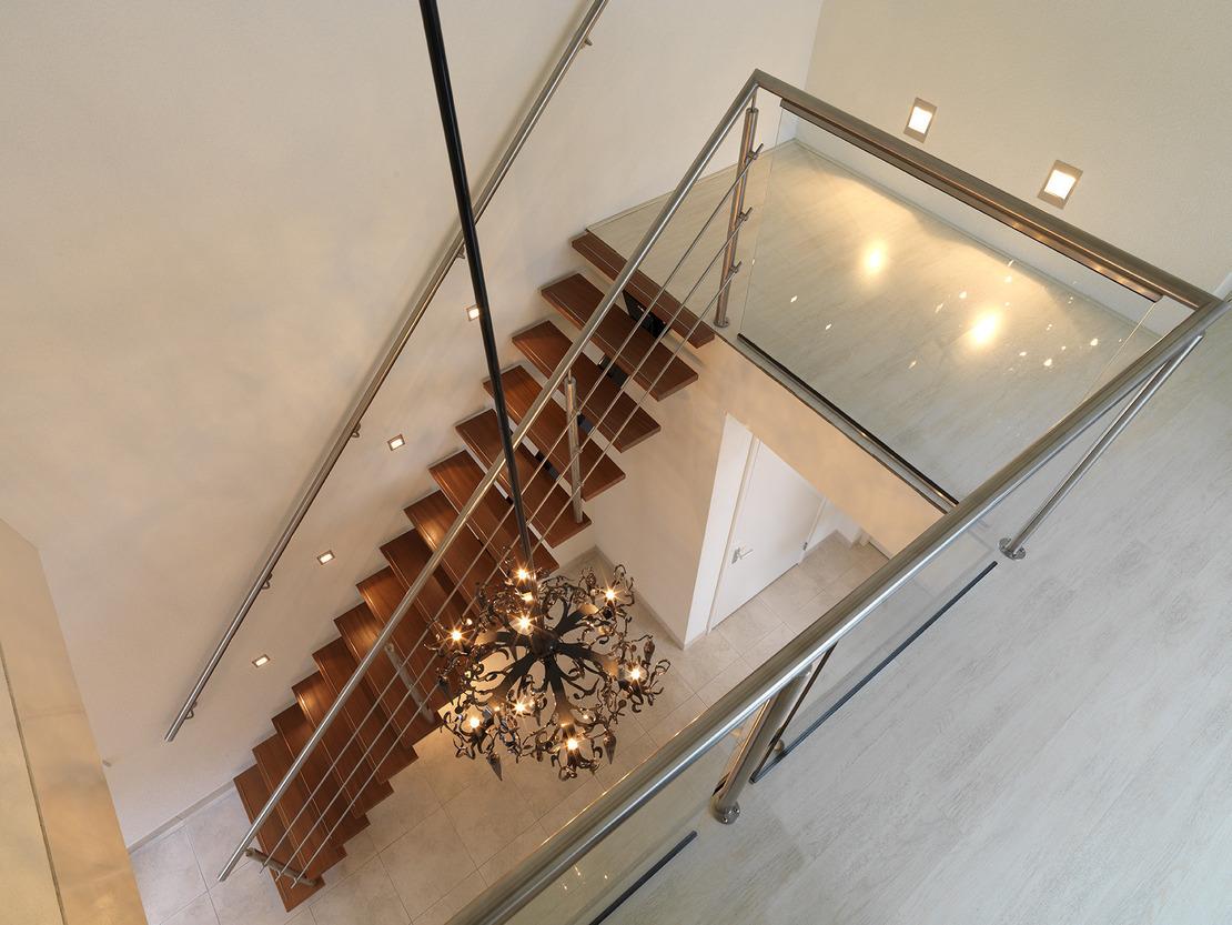 Design trap houten treden for Goedkope spiltrap