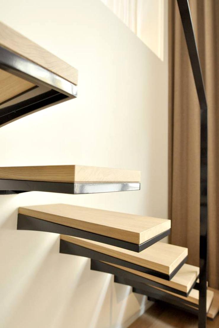 zwevende trap staal en hout vdt01