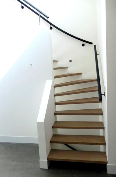 Moderne houten trap st49 for Moderne houten trap