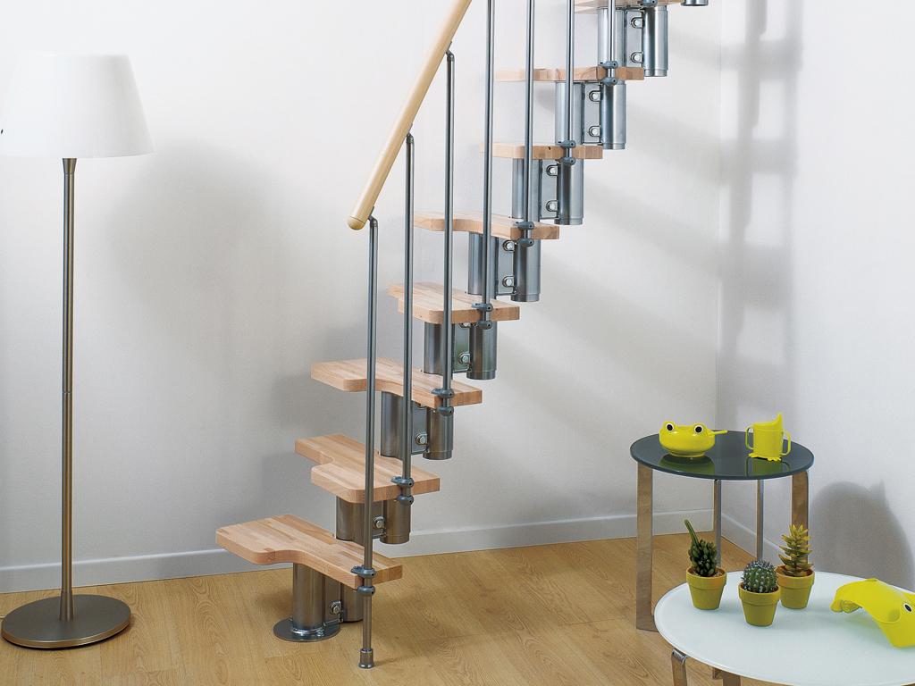 Rechte smalle trap voor kleine ruimte zbt23 - Outs kleine ruimte ...