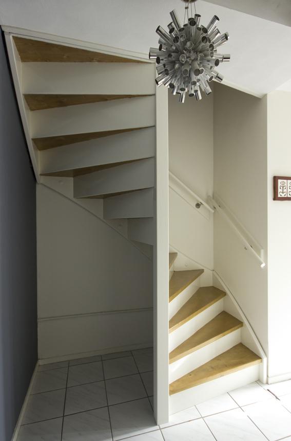 Moderne trappen hout for Moderne houten trap